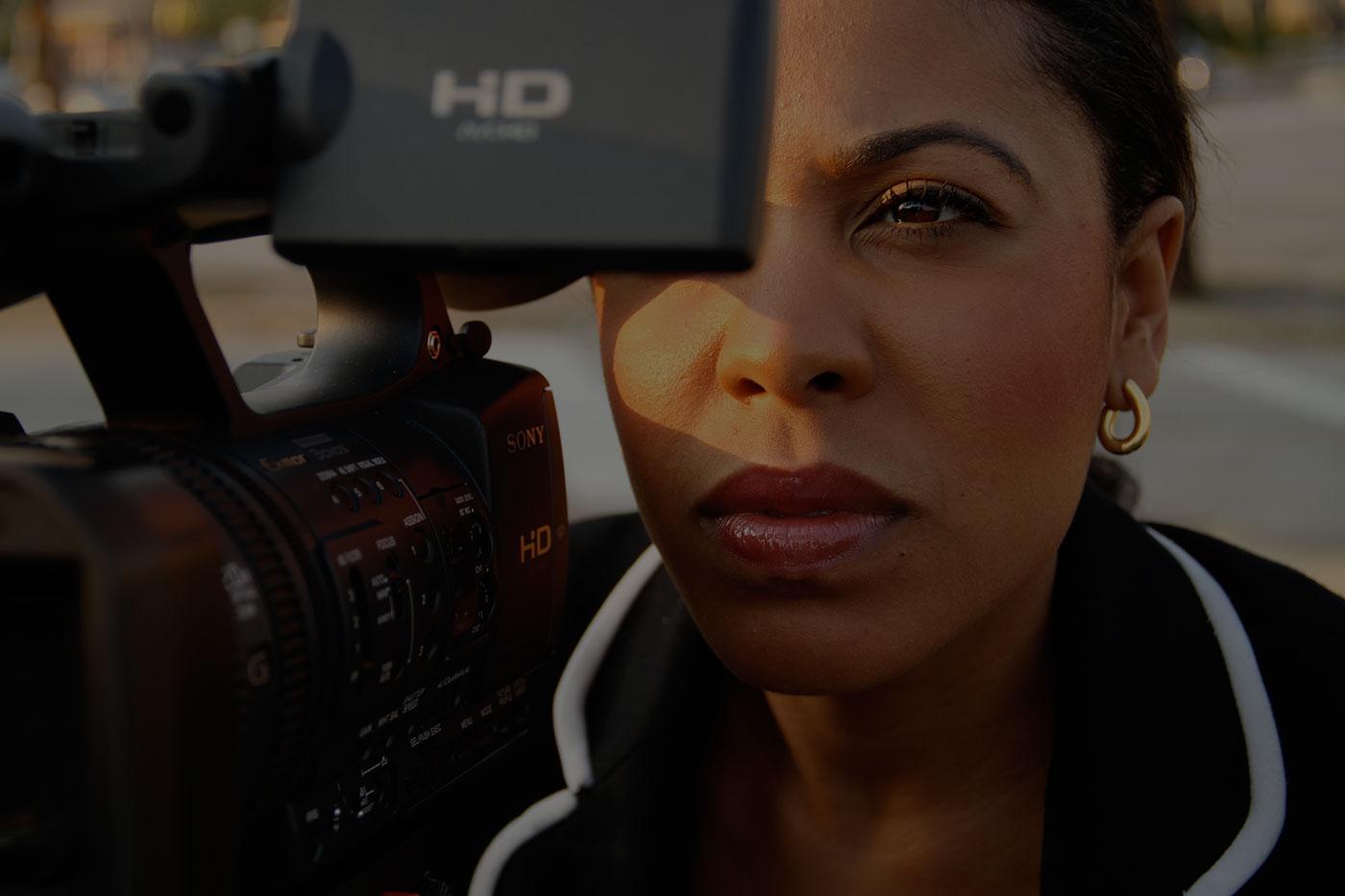 Lindsey Granger, filming, on set